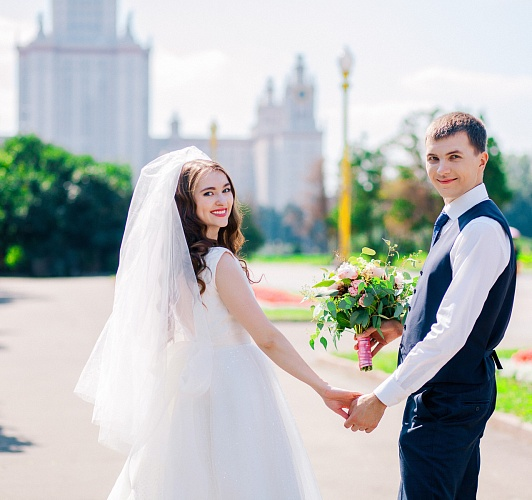 chastnie-foto-devchonok-so-svadbi